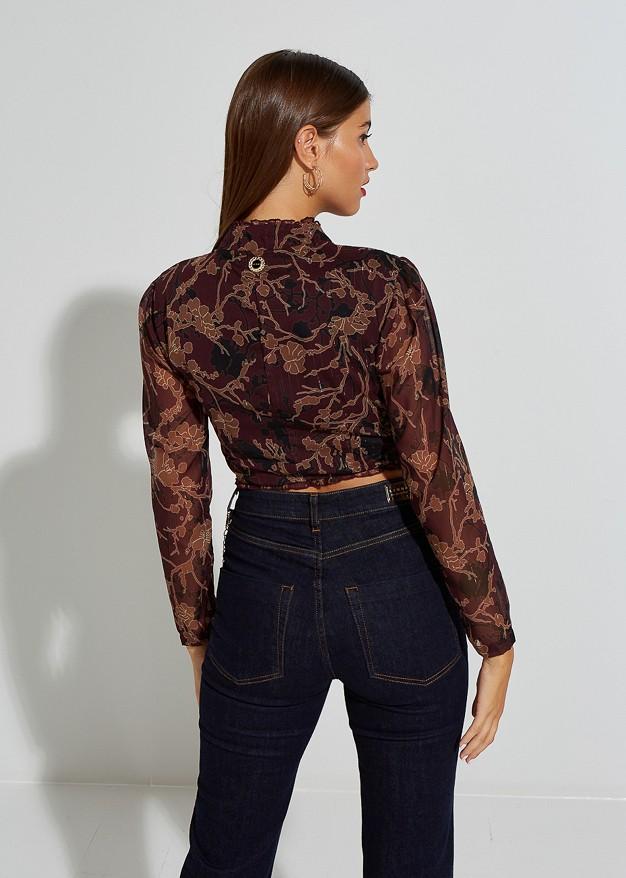 Printed crop top with neck self-tie