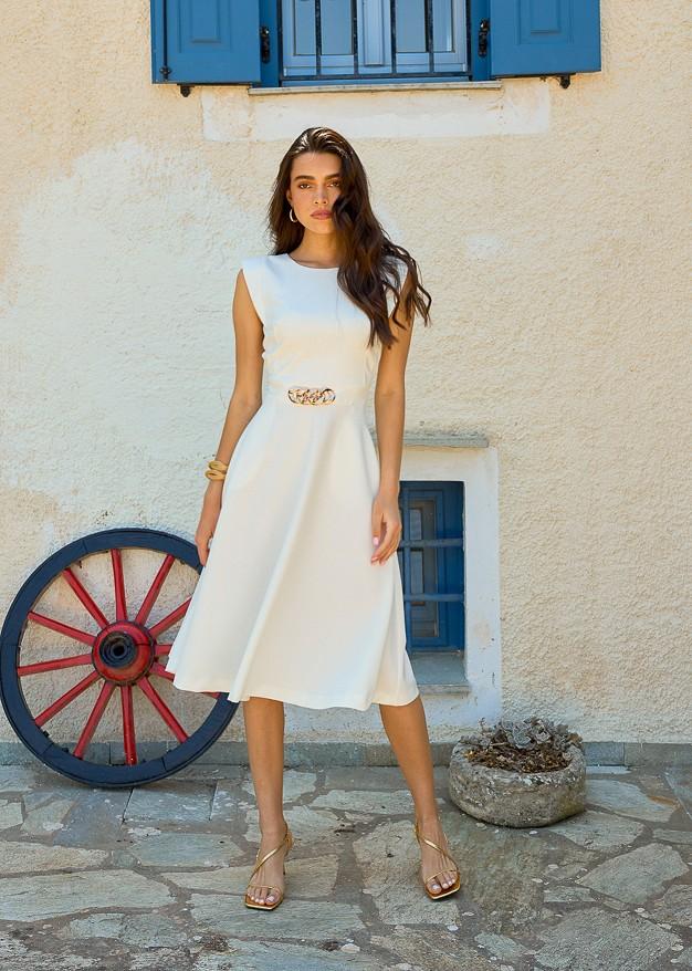 Φόρεμα με λεπτομέρεια αλυσίδας