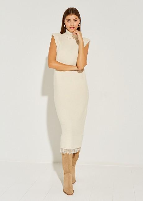 Плетена рокля средна дължина