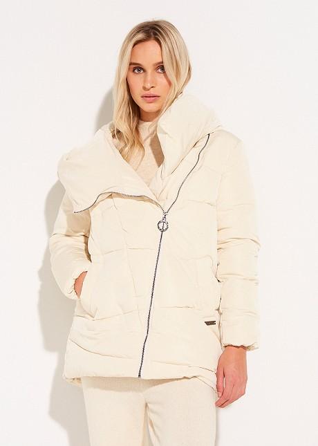 Jacket with oblique zip