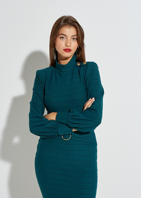 Knitted turtle neck with buttons