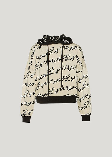"""Sweater with """"Lynne"""" logo"""