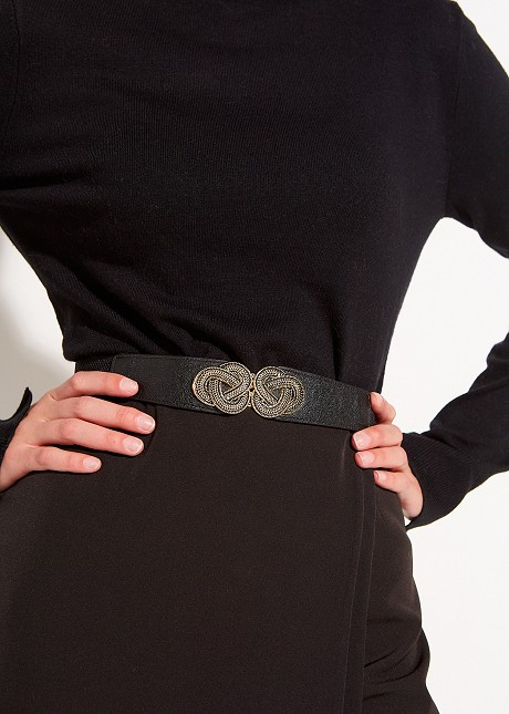 Waist belt with knotted look detail