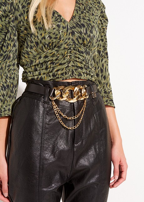 Belt with gold detail