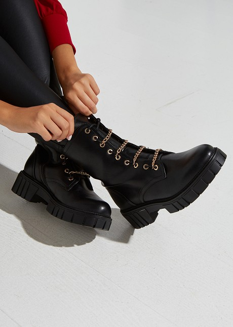 Biker boots with chain detail