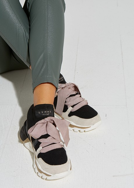 Sneakers with decorative shoe laces