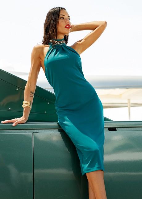 Εξώπλατο φόρεμα με κολιέ