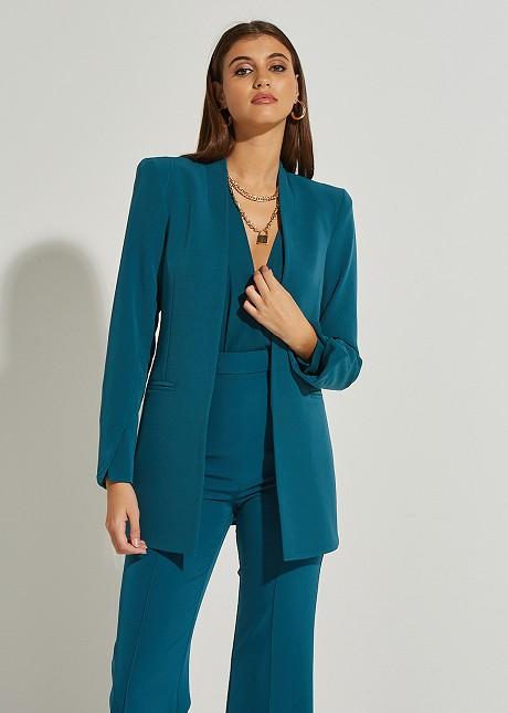 Monochrome blazer with shoulder details