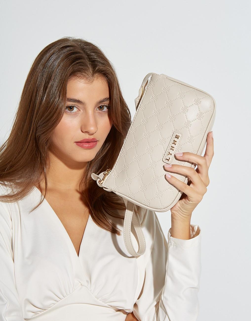 Handle baguette bag